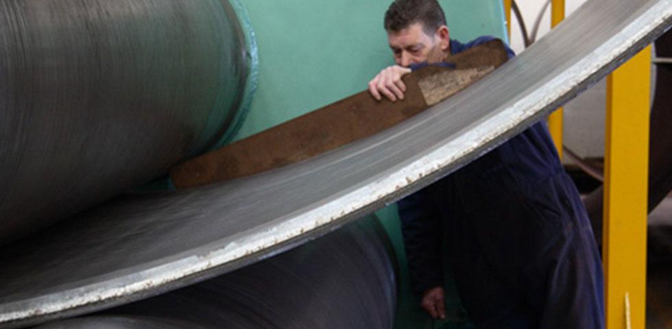 2100 Tonnes Of Barnshaws Polska Steel Plate Supports Oil Storage Tank Project second image