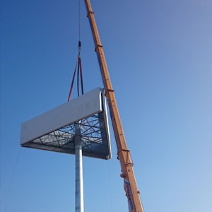 A new giant retail sign in Hungary has been erected using steel fabrication expertise from Barnshaws Polska.